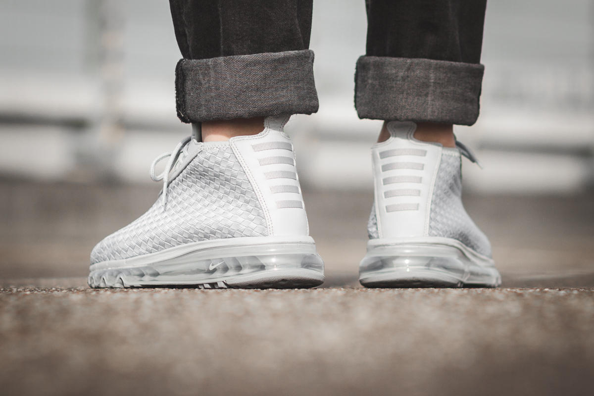 Nike Air Max Woven Boot