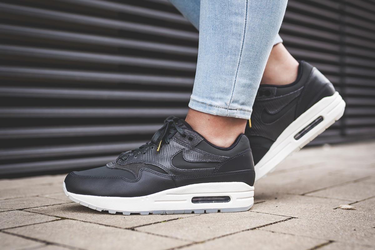 Nike Wmns Air Max 1 Black Black Black Summit White   Footshop