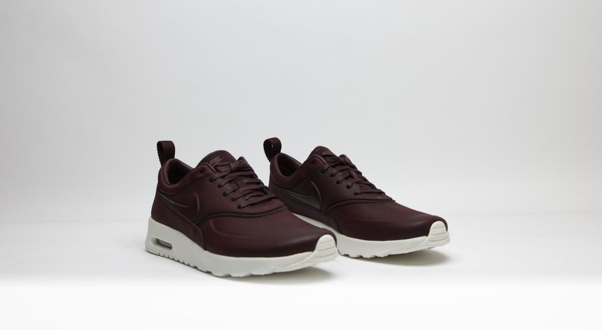 Nike Air Max Thea Gr. 43 blau Leder in 65347 Eltville am