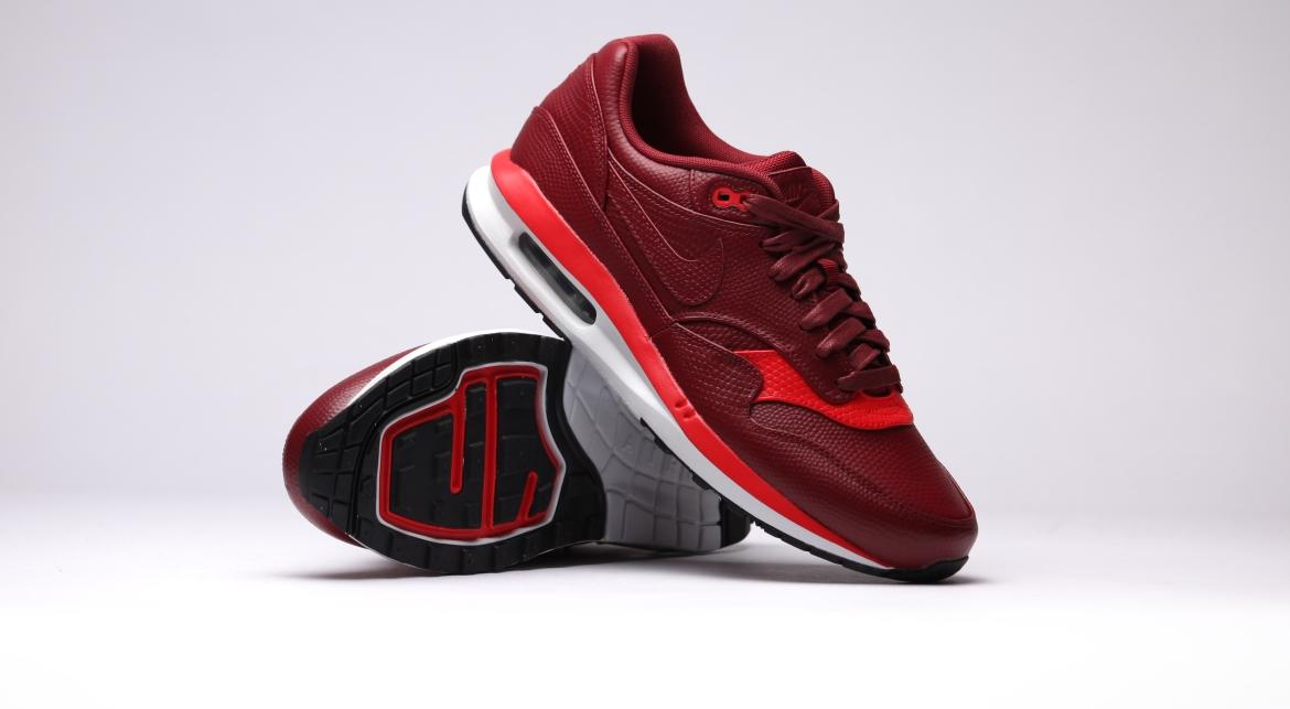 652977 600 Nike Air Max Lunar1 Deluxe Team Redteam Red chllng Red