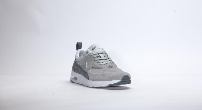 Nike WMNS Air Max Thea Premium Leather Matte Silver Pure Platinum 845062 001