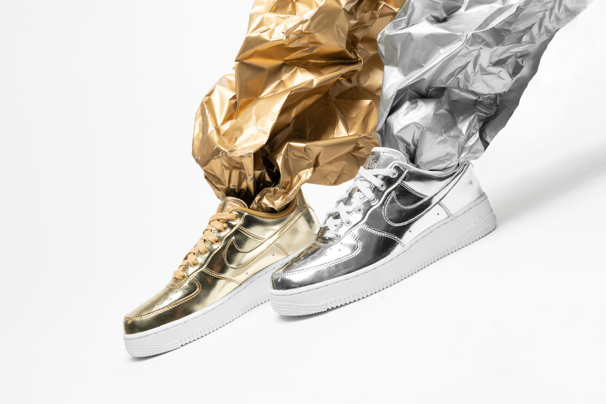 Nike Wmns Air Force 1 SP