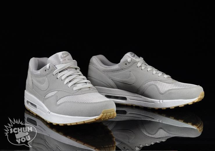 Nike Air Max T Zone White Varsity Red Neutral Grey