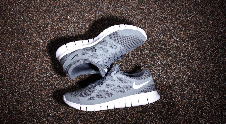 537732 012 Nike NIKE FREE RUN 2 [GR 48,5 US 14]:
