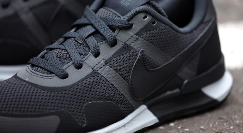 Nike Air Pegasus 8330 Black White