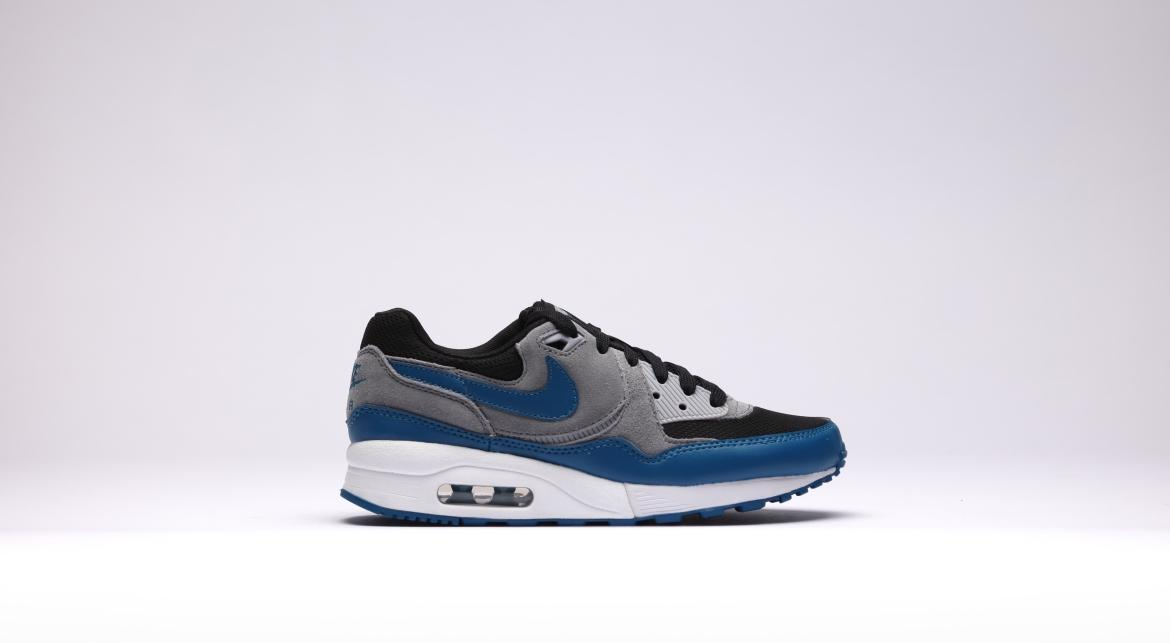 Nike Wmns Air Max Light Essential