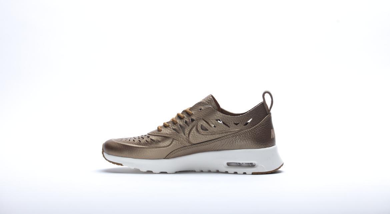 Nike Air Max Thea (Violett, 41) in 42899 Lüttringhausen for
