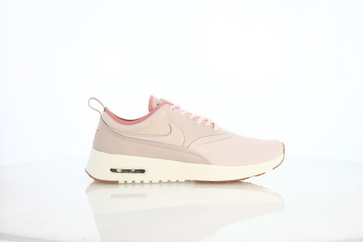 Nike WMNS Air Max Thea Ultra PRM Trainers 848279 601 | Red