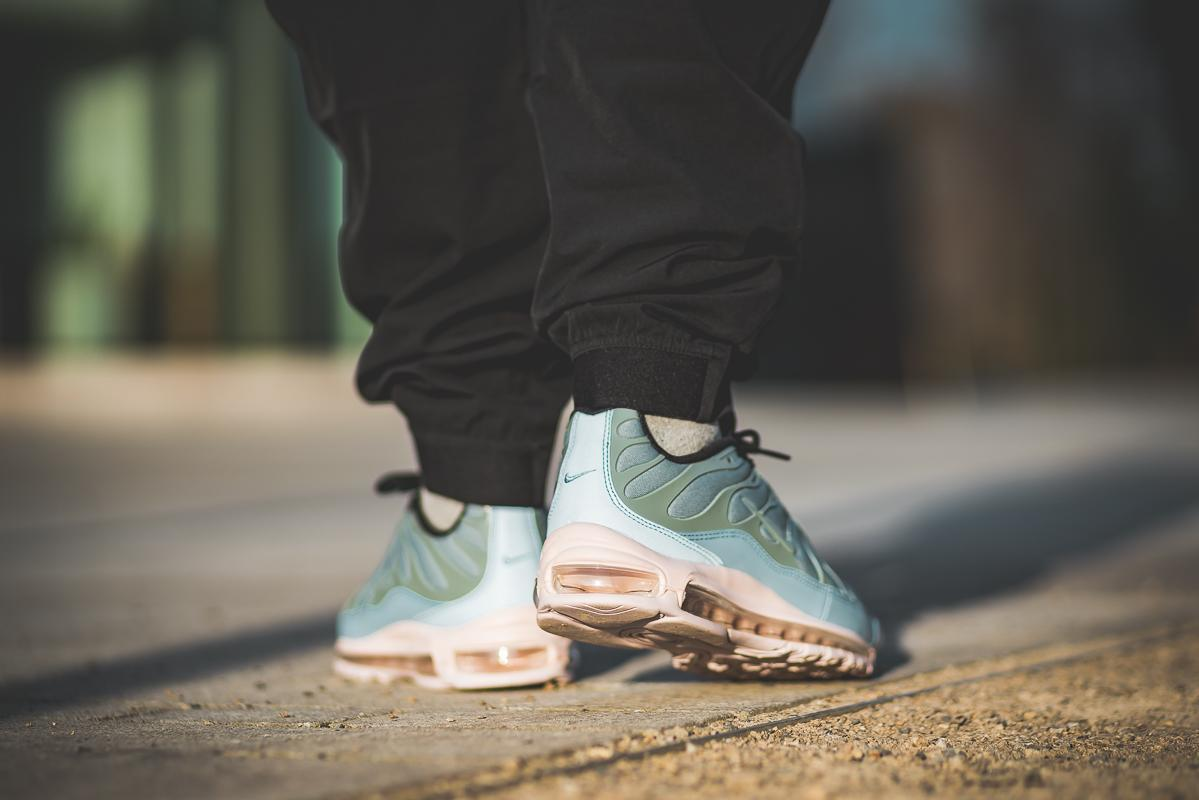 Nike Air Max 97 Plus Mica GreenBarely Rose AH8144 300