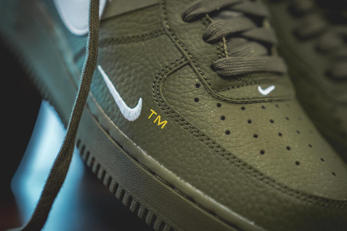 Nike Air Force 1 07 lv8 low Utility OliveWhite AJ7747 300