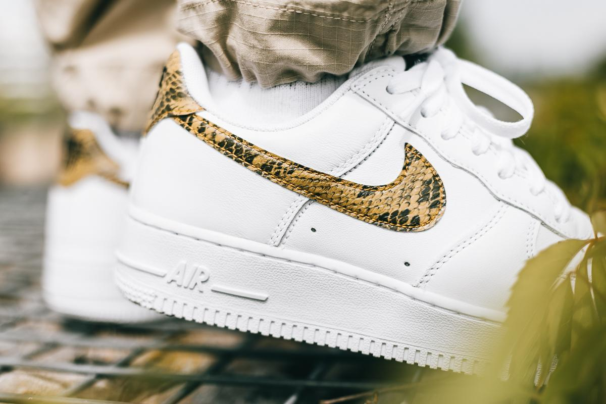 Nike Air Force 1 Low Retro PRM QS