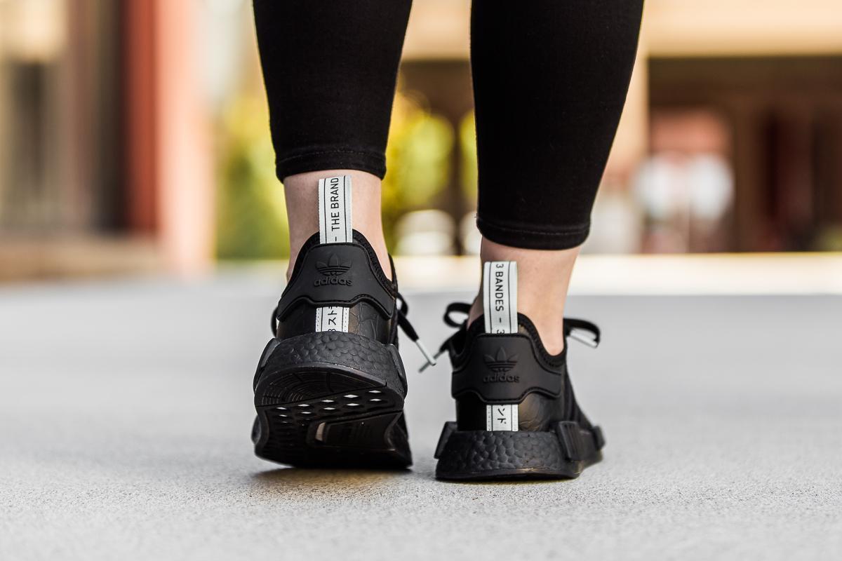 adidas nmd r1 aq1102