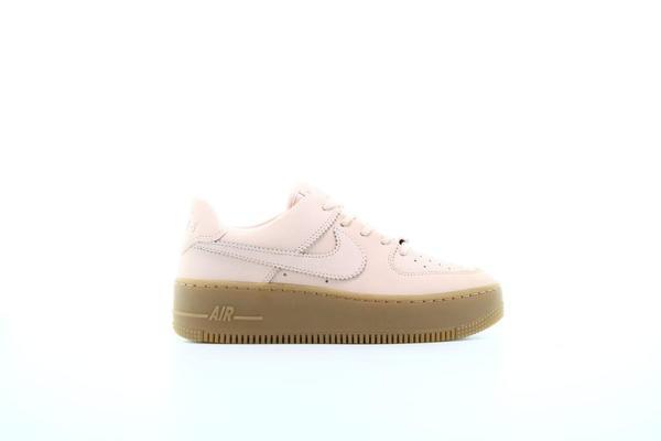 Nike Air Force 1 Sage Low LX pale ivorygum light brown