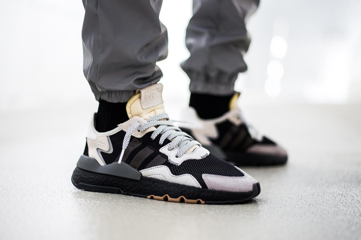 adidas Originals Nite Jogger, core Black Carbon Footwear