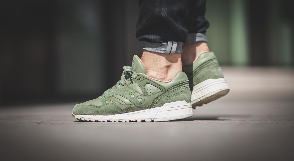 The Saucony Grid SD Oiled Green Can Fit In Your Autumn