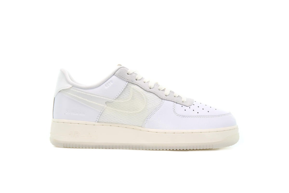 Nike AIR FORCE 1 LV8