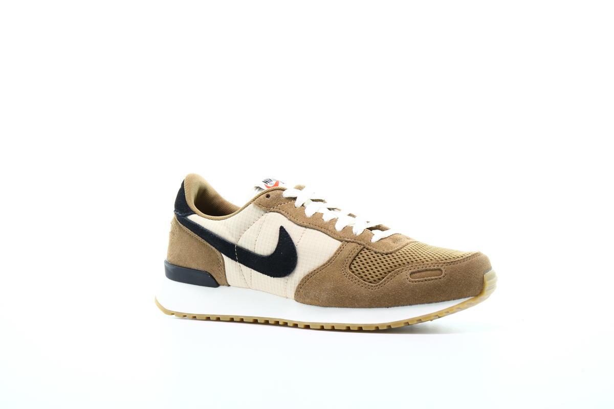 Honestidad Obediente ponerse en cuclillas  internationalist Nike Air Vortex size 9.5 Golden Beige Black Tan 903896-202