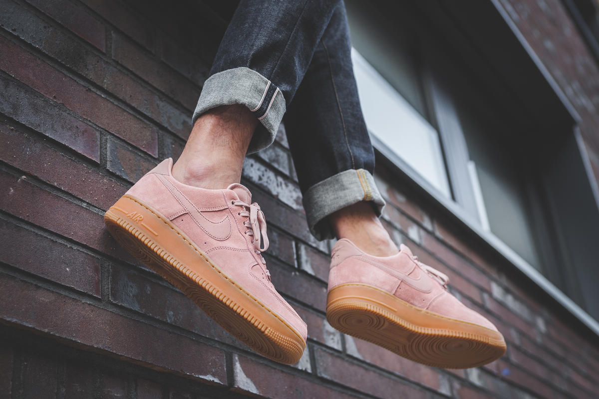 Nike Air Force 1 '07 Lv8 Suede Particle Pink   AA1117 600