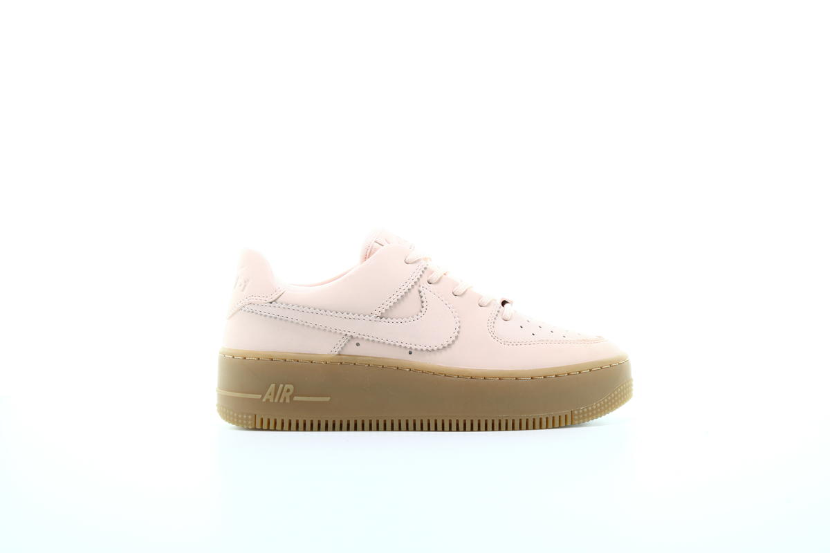 Nike WMS Air Force 1 Sage Low LX