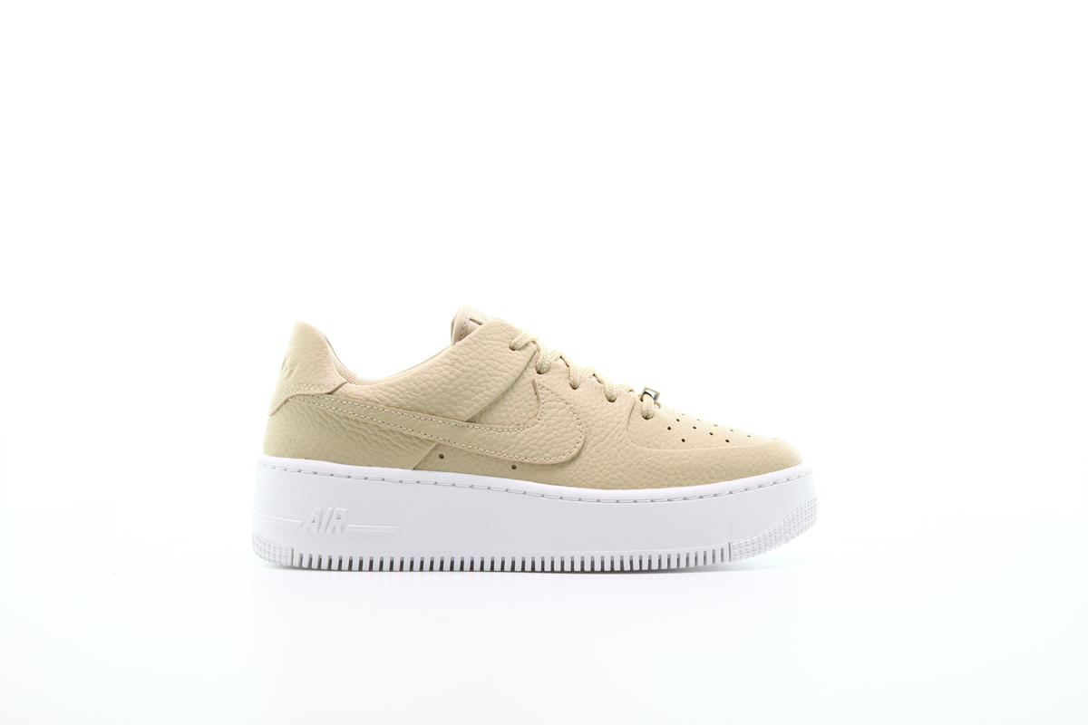 Nike Air Force 1 Sage Low 2 W shoes beige